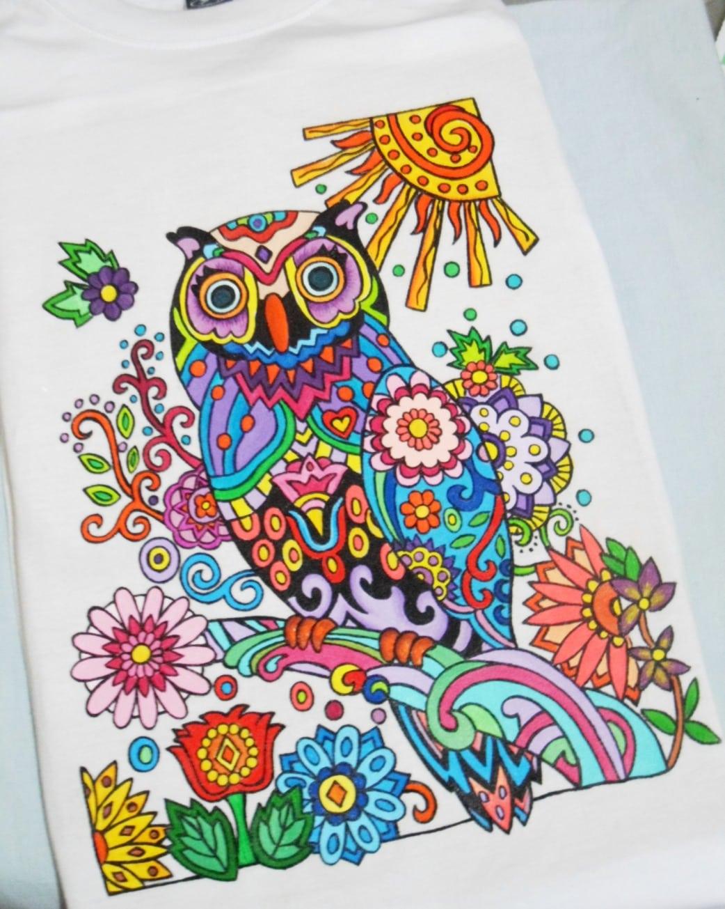 Artes Da Luci  Camiseta Pintada A Mão