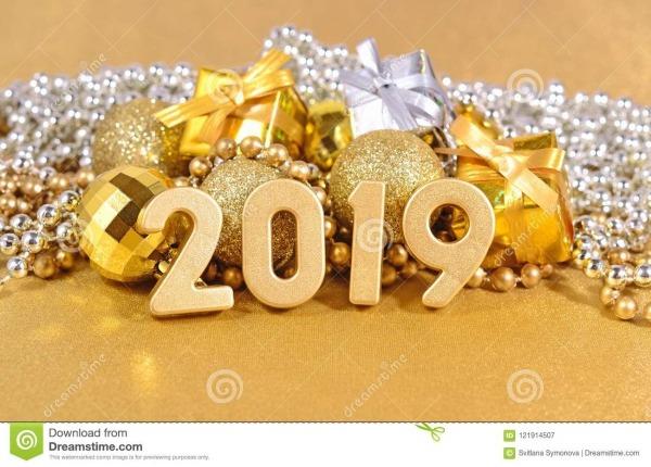Figuras De 2019 Anos E Decorações Douradas Do Natal Imagem De