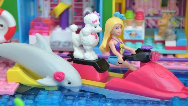 Lego Da Barbie Casa De Praia Com Piscina Montando Brinquedo!!! Em